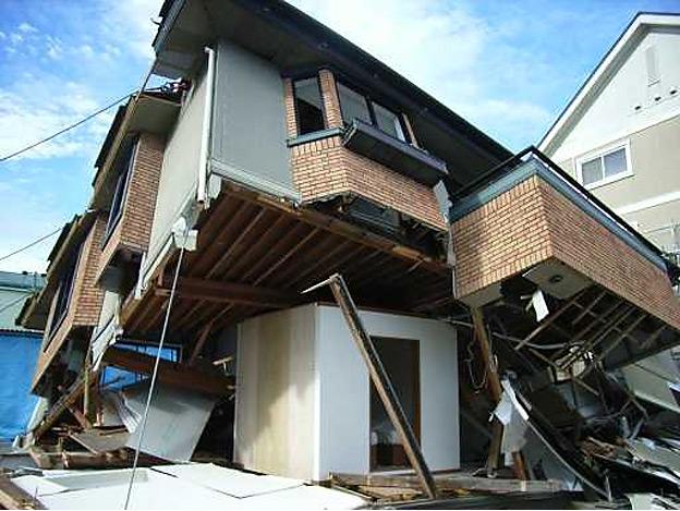 CAMP HOUSE/一条工務店の耐震シェルター