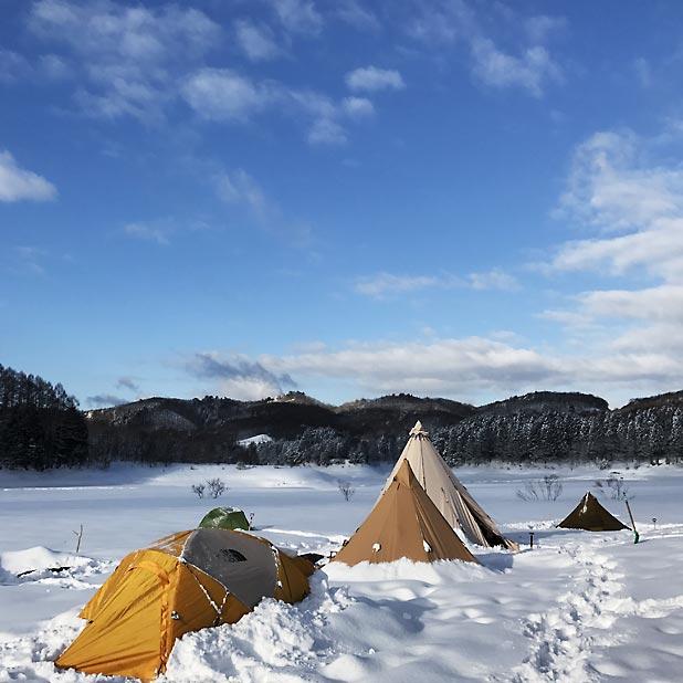 CAMP HOUSE/恩原高原での雪中キャンプ-翌朝は快晴!