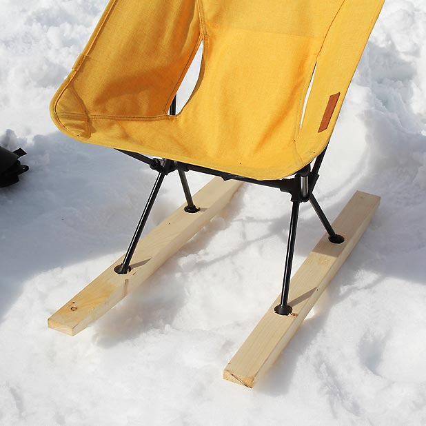 CAMP HOUSE/恩原高原での雪中キャンプ-Helinox Chair Oneの雪埋没対策