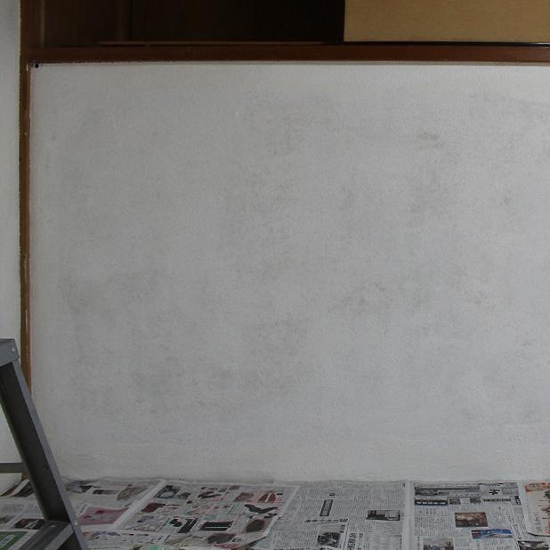 T町ハウスの改修 - 砂壁に漆喰を塗る(本塗り編)