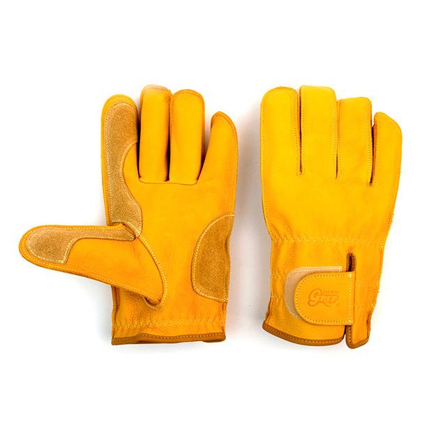 キャンプの道具-手袋-キャンプハウス