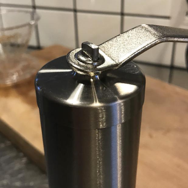 ハンドル連結部分が改良されたポーレックスコーヒーミル