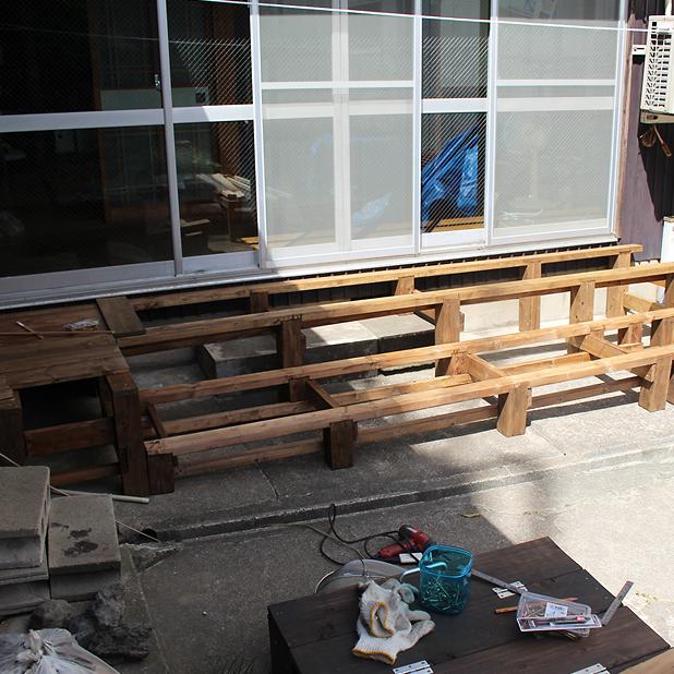 T町ハウスの改修 - 庭(4)ウッドデッキをつくる